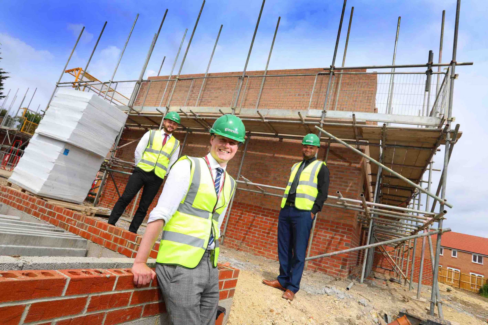 Apprentices build careers as safe as houses image